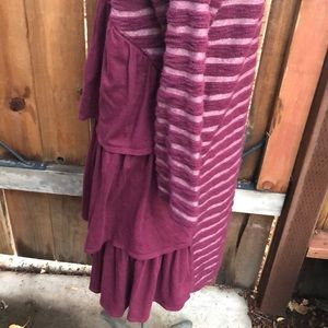 Anthropologie Dresses - Anthropologie dress L ruffles maroon